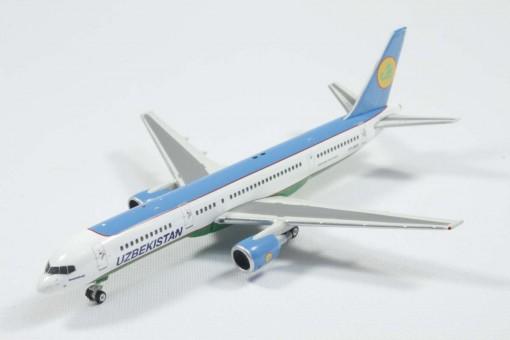 SALE! Uzbekistan Airways 757-200 VP-BUD Phoenix 10826 scale 1:400
