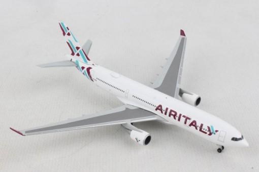 Air Italy Airbus A330-200 EI-GFX Herpa diecast 532624 scale 1:500