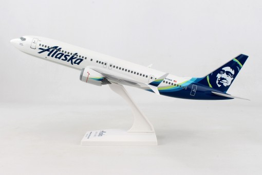Alaska Boeing 737-Max9 N813AK with stand Skymarks SKR1007 scale 1:130