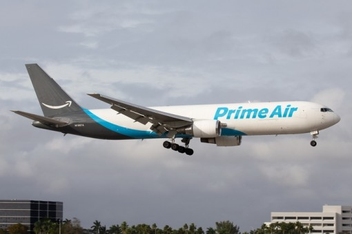 Amazon Prime Air Boeing 767-300ER N1997A Phoenix 04274 die-cast scale 1400