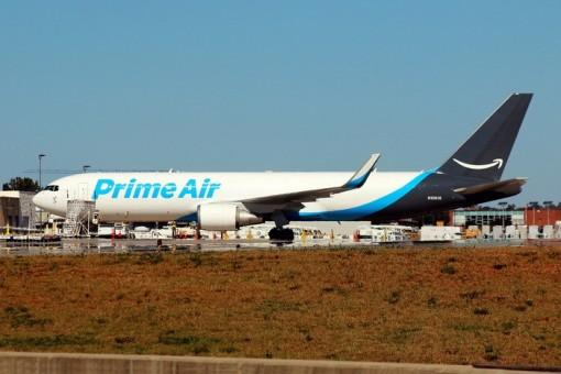 Boeing 767-300ERW Winglets N1381A Phoenix 04272 die-cast scale 1400