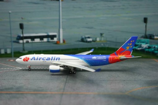 F-OHSD Air Calin Airbus A330-200 die cast scale brand Phoenix number 11081