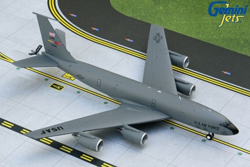 USAF Boeing KC-135R March AFB 71459 Gemini 200 G2AFO887 scale 1:200
