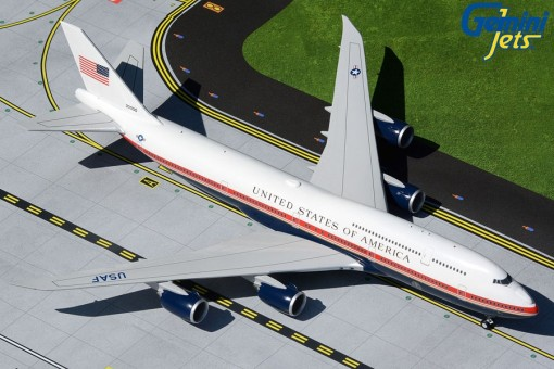Confirmed! USAF Air Force One Boeing 747-8i Trump's proposed livery 30000 Livery G2AFO898 Gemini Scale 1:200