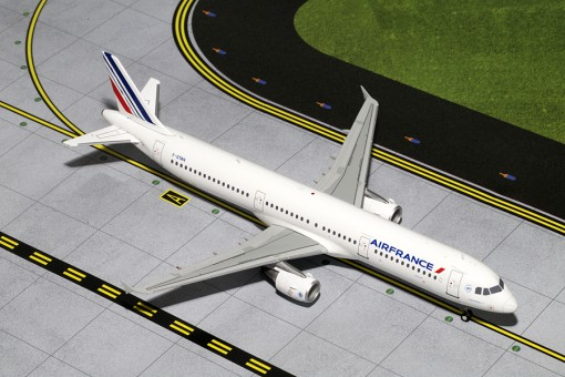 Air France  Airbus A321 **New Livery** Reg# F-GTAN Gemini Jets G2AFR400 Scale 1:200