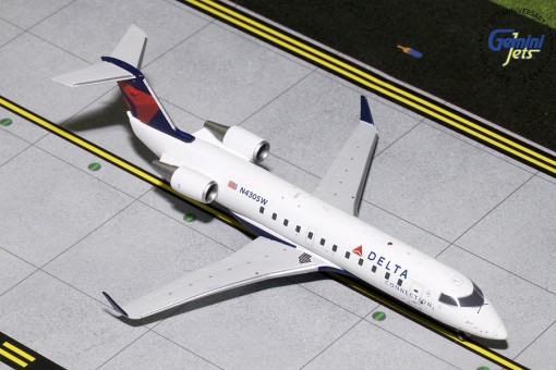 Delta Connection Bombardier CRJ-200 N430SW GeminiJets G2DAL793 scale 1:200