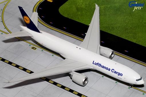 Lufthansa Cargo Boeing 777F Reg# D-ALFA Gemini 200 G2DLH486 Scale 1:200