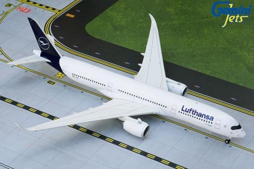 Lufthansa New Livery Airbus A350-900 D-AIXN Gemini 200 G2DLH743 scale 1:200