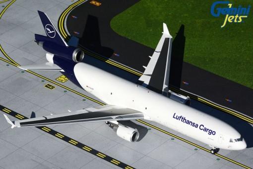 Lufthansa Cargo McDonnell Douglas MD-11 new livery Gemini200 G2DLH804 scale 1:200