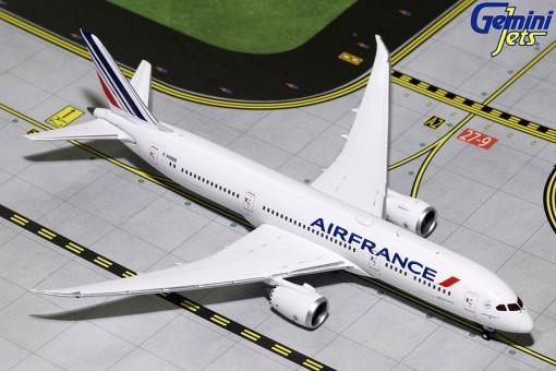 Air France Boeing 787-9 Dreamliner F-HRBB GeminiJets GJAFR1637 Scale 1:400