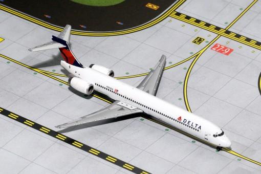 Delta Air Lines McDonnell Douglas MD-90 Reg# N903DA Gemini Jets GJDAL1454 Scale 1:400
