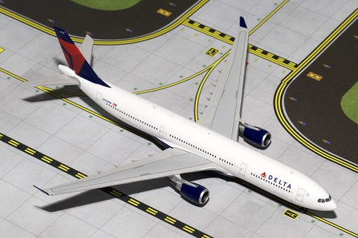 Delta Airbus A330-300 Gemini Jets Reg# N822NW GJDAL1518 Scale 1:400