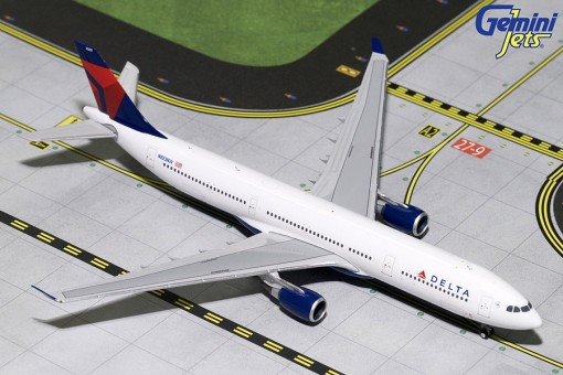 Delta Airbus A330-300 N823NW Gemini Jets GJDAL1729 Scale 1:400