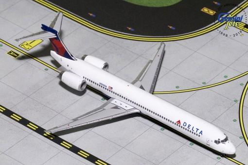 Delta McDonnell Douglas MD-90 Reg# N904DA GeminiJets GJDAL1798 Scale 1:400