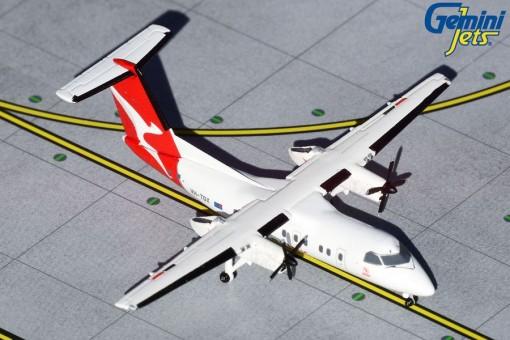 QantasLink Bombardier Dash 8Q-200 VH-TQX GJQFA1856 GeminiJets Scale 1:400