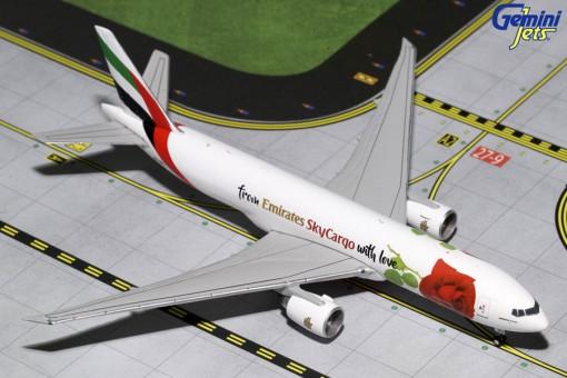 Emirates Sky Cargo With Love! Boeing 777F A6-EFL Gemini GJUAE1662 Scale 1:400