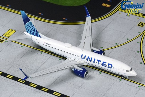 United Airlines New Livery! Boeing 737-800 Gemini jets GJUAL1803 scale 1:400