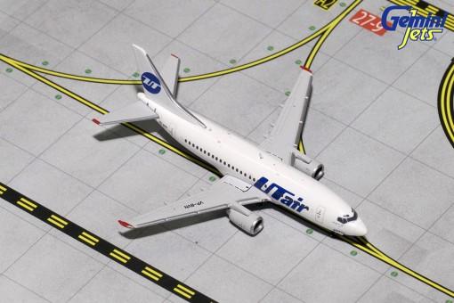 UTair Boeing B737-500 Reg# VP-BVN Gemini GJUTA1582 Scale 1:400