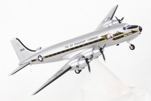 US Army C-54M Douglas C-54M Skymaster 44-9030 Air Transport Group 559720 scale 1:200