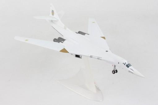 Ukranian Air Force TU-160 10 die-cast Herpa 570824 scale 1:200