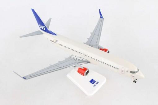 SAS Scandinavian Boeing 737-800 LN-RGA with stand Hogan HG10932G scale 1:200