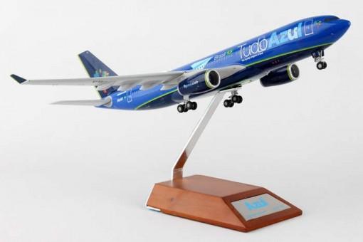 Azul Tudo A330-200 PR-AIT W/Stand JC2AZU339 JCWings Scale 1:200