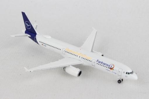 Lufthansa Airbus A321 Fanhansa team plane Russia 2018 D-AISQ new livery Herpa Wings 531979 scale 1:500