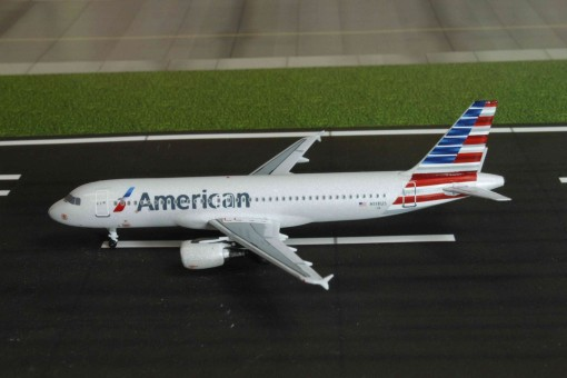 American Airbus A320 Reg# N118US New Livery Aeroclassics Scale 1:400