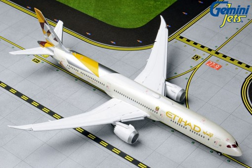 New Mould! Flaps Down Etihad Boeing 787-10 A6-BMA GJETD1846F 1:400