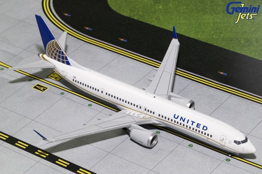 New Mould! United Boeing 737 Max-9 N67501 Gemini Jets G2UAL752 scale 1:200