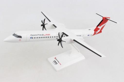 Qantas Link Q400 NextGen (Dash8) VH-QOA Bombardier Skymarks SKR1016 scale 1-100