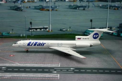UTAir TU-154M Reg# RA-85773 Phoenix Scale1:200
