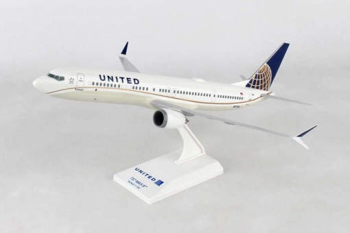 United Airlines  B737-Max9 w/stand Skymarks SKR988 Scale 1:130