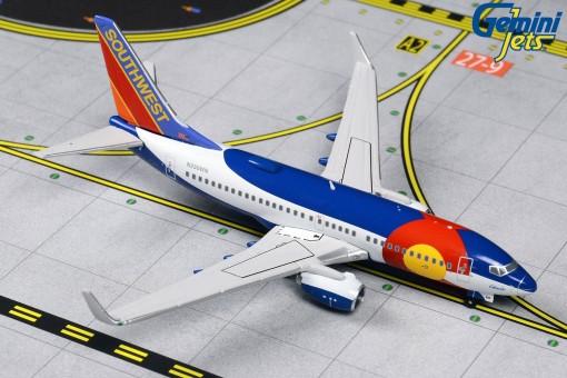 Southwest Boeing 737-700 Colorado One N230WN Gemini Jets GJSWA1412 scale 1:400