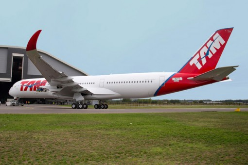 TAM Airlines A350-900 Flaps Down F-WZFS w/Stand JC2SIA665A JC Wings 1:200