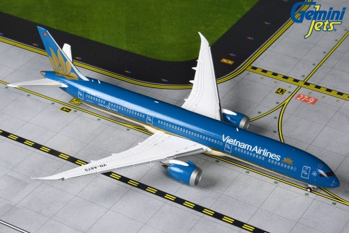 Vietnam Airlines Boeing 787-10 Dreamliner Gemini Jets GJHVN1903 scale 1:400