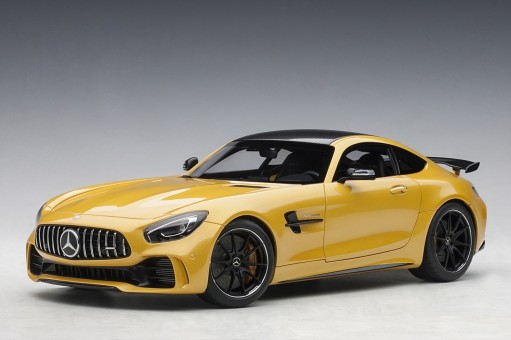 Yellow Mercedes AMG GT R Solarbeam metallic AUTOart 76332 scale 1:18