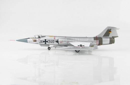 "Luftwaffe F-104G JG 71 ""Richthofen"" 1965 Hobby Master HA1043 Scale 1:72"