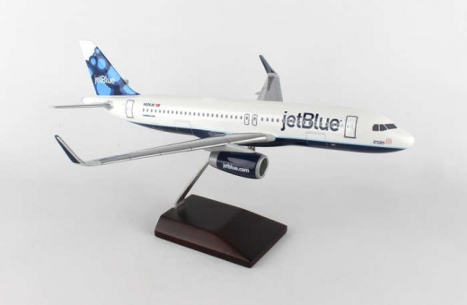 jetBlue Airbus A320 Blueberries Sharklets Crafted Executive Series Model W/Stand G52010E Scale 1:100