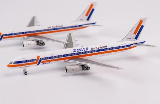 Air Holland 752 PH-AHE Dinar NG Models 53096 scale 1-400