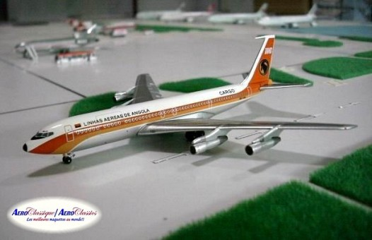 Boeing 707-320C . TAAG Cargo Angola . D2-TAG Scale 1:400