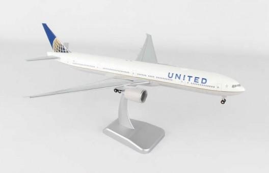 United Boeing 777-300 WiFi Radom w/Gear & Stand HG10567G 1:200