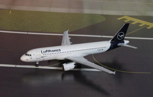 Lufthansa Airbus A320 D-AZC AC419495 Aero Classics scale 1:400