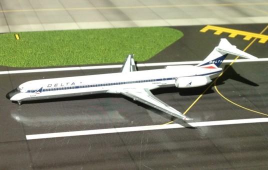1/400 Delta MD-88 ~ N904DL JETVA001A