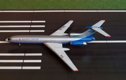 Atlant-Soyuz TU-154 Tupolev registration RA-85740 Phoenix 10097 scale 1:400