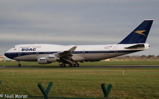BOAC / BRITISH AIRWAYS G-BYGC Boeing 747-400 with stand 100 year Anniversary InFlight Scale 1:200