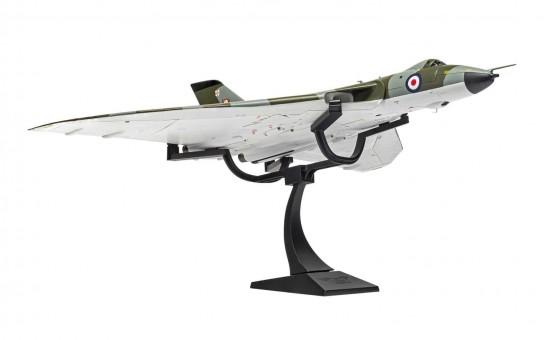 RAF Avro Vulcan B.2 No.101 Squadron Waddington Wing 1975 Corgi CG27204 scale 1:72