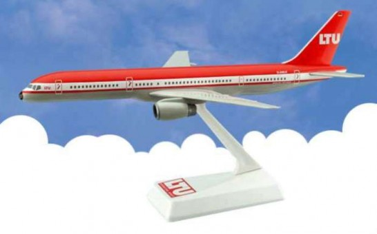 Flight Miniatures LTU Boeing B757