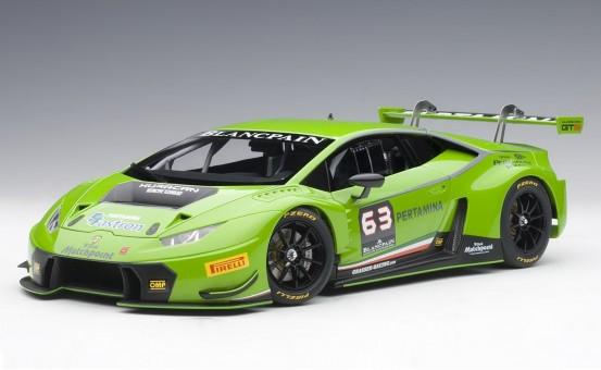 Pearl Green Lamborghini Huracan GT3 four layer paint AUTOart 81529 1:18