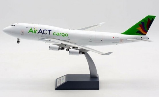 ACT Airlines Turkey Boeing 747-481(BDSF) TC-ACF plus stand IF7449T1220 Inflight scale 1:200